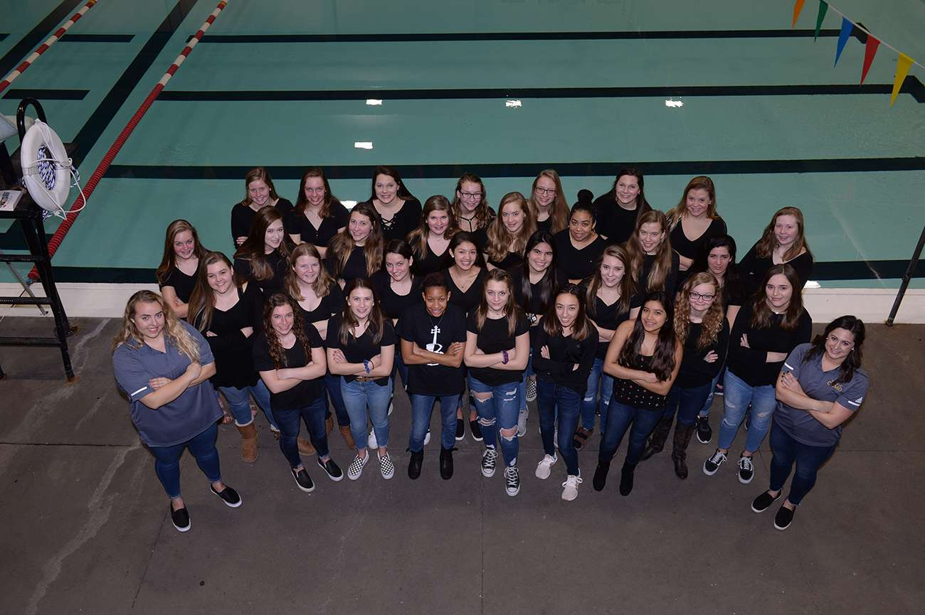 Girls Swim Dive Team Photo