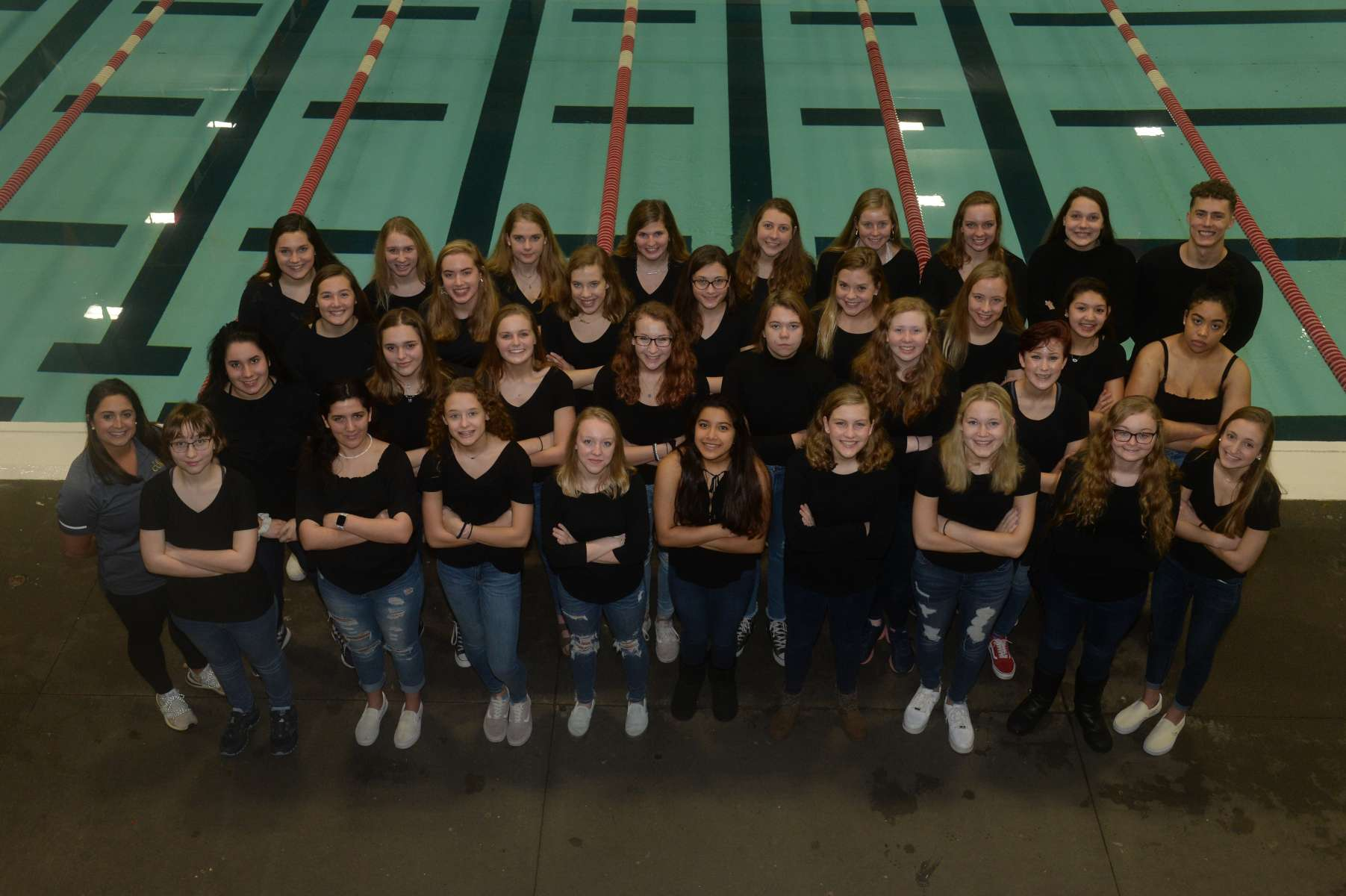 Girls Swim Dive Team Photo